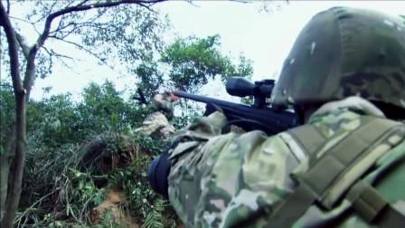恐怖分子太猛,把特种兵打的满山跑!