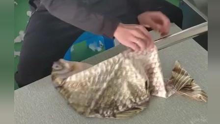 风味人间:这么完整的鱼皮,也是第一见这样做的