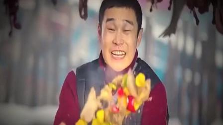 男人大锅炒菜 用铁锹掌勺 谁知作好的王八却扔到了领导的头上!