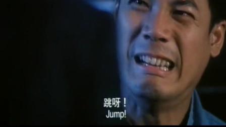 就算你是慈云山扛把子,在这位香港大恶人面前,也只能俯首称臣