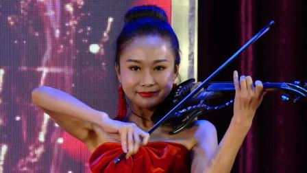 天坛周末13281 开场词 民乐合奏《春节序曲 金蛇狂舞》全体舞蹈演员