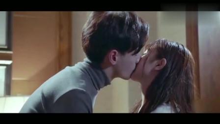 总裁在上我在下:宫欧变了!趁着小念没自主反应能力竟吻了她!