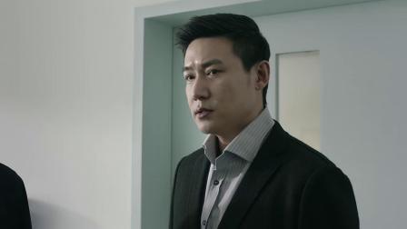 侯亮平看到陈海躺在床上,心中波澜不惊,势必要为了陈海报仇!