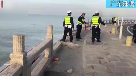 广东珠海:司机开跑车坠海 被救起后竟说还有孩子