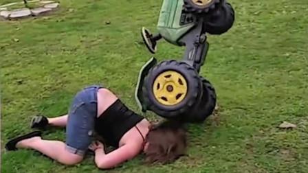 歪果妹子开玩具卡丁车,摔成屁股朝天~