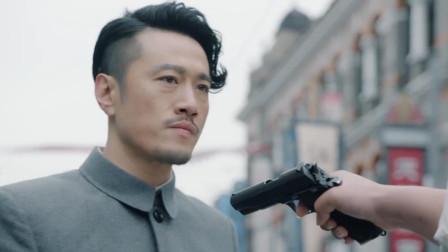 四爷与资历安结怨 贵翼意外救下资二 速看《天衣无缝》第三十一集