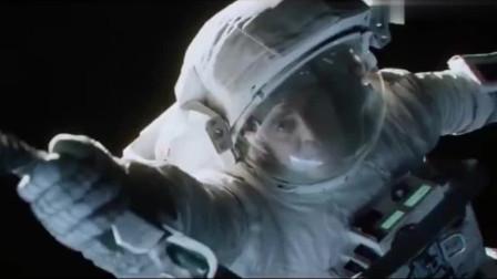 因为中国空间站!这部经典科幻电影,全球票房7亿美元!