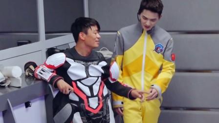 《挑战吧!太空》王宝强汗如雨下众成员帮忙脱衣,讲独自完成任务初心