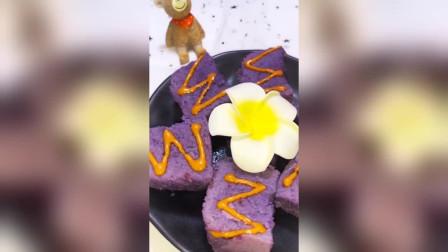 紫薯米糕,搭配着红枣花生酱真是补血又好吃!