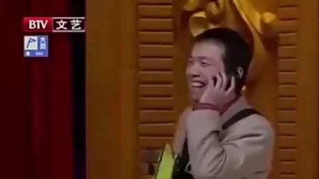 冯巩潘斌龙《返乡》,两人互相吹牛,爆笑全场,获得激烈的掌声!