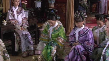安陵容惺惺作态真恶心!她给甄嬛整理衣服的动作就是故意给人看!