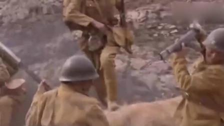 追我魂魄:日军冲上八路军阵地,以为胜券在握不料被八路军端机枪扫射
