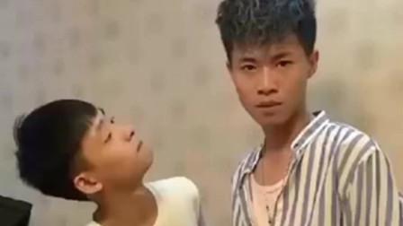 广西老表搞笑视频:许华升和兄弟争吵,只为了