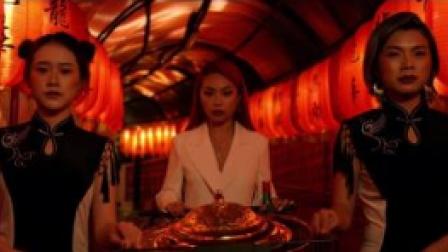 万妮达&Dough-Boy合作《煎蛋》,从色调到剧情都致敬喜剧之王周星驰