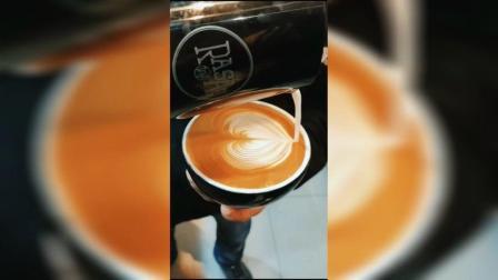 咖啡拉花~️爱心