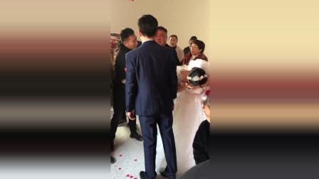 女儿结婚, 诠释了多少父亲的心声, 触碰了心底最温柔的地方