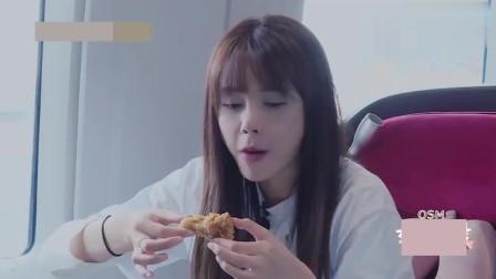 杜海涛要吃炸鸡,沈梦辰把嘴里的炸鸡递过去,海涛接过就吃不嫌弃
