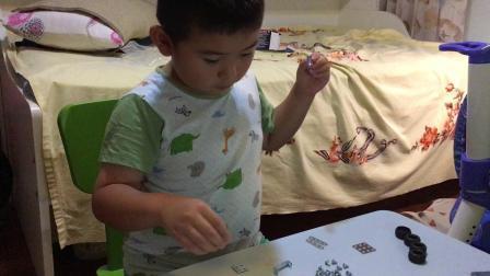 【7岁】8-1哈哈跟爸爸一起玩德国螺丝零件拼装玩具IMG_0762.MOV