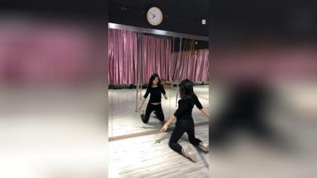 爵士钢管舞