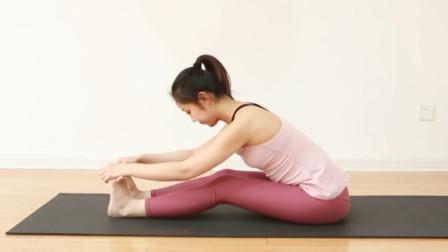 适合久坐族的拉筋瑜伽,告别身体僵硬酸痛,让你精神一整天