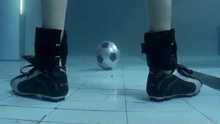 《少林足球》为何当年上映时被禁播,星爷果然有先见之明!