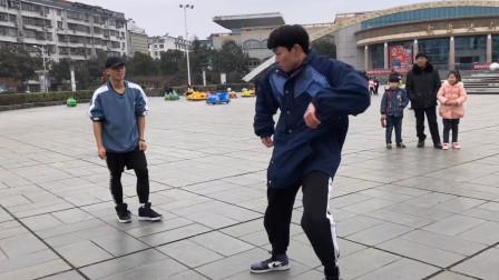 曳步舞pk街舞 男神之间的较量 谁才是舞王呢?