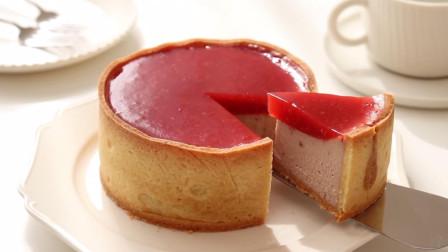 简约风格的草莓芝士蛋糕,甜美迷人的下午茶甜点