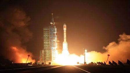 现场火光冲天!中国4000吨重型火箭发动机大功告成