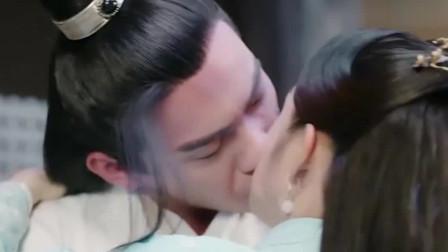 《小女花不弃》陈煜和东方炻同时坠崖,不弃的选择,果然是爱他