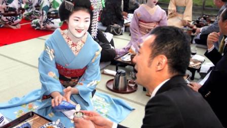 日本艺伎为什么要把脸画那么白?看完感慨她们也很不容易