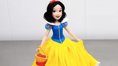 这么漂亮的白雪公主,你能猜到是可以吃的翻糖蛋糕吗?详细教程免费拿去