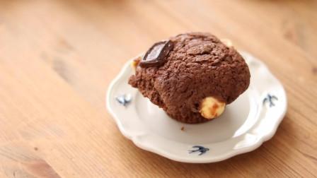 细腻浓郁的巧克力芝士蛋糕,香甜美味的纸杯蛋糕