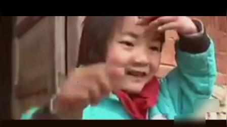 父残母傻,5岁小女孩靠捡垃圾维持家庭生计,依旧笑容灿烂