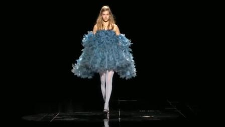 Marc Jacobs19春夏时装秀