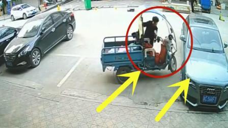 大妈骑车送纯净水,转弯碰撞到豪车,下一秒画面让人无语