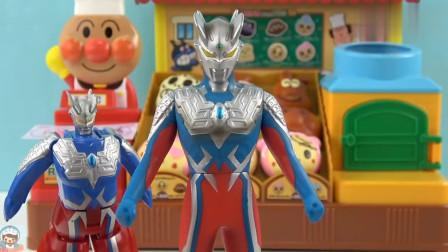 《玩具益趣园》变形蛋的赛罗和真的赛罗很像呢