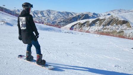 阿勒泰山滑雪