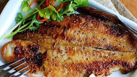 """用眼过度族必吃菜——香煎龙利鱼,龙利鱼号称""""护眼""""鱼肉"""