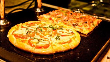 """世界上""""最贵""""的披萨,装饰了24克拉的金片,售价4200美元!"""
