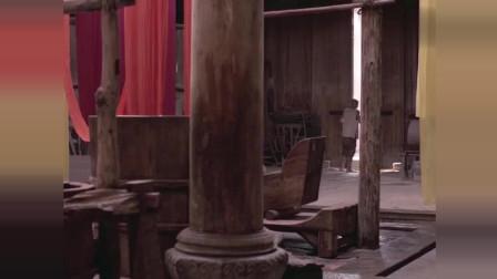 菊豆:师傅有事外出,伙计竟然去看姨娘,胆子不小啊!