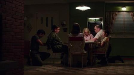 《迷镇凶案》:人越货成奸!一家人全部是戏精