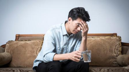身体出现这四个症状,可能是头部海绵状血管瘤来临,要去医院确诊