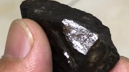 世界上最贵的石头,一克可以卖到2亿?你可能见都没见过!