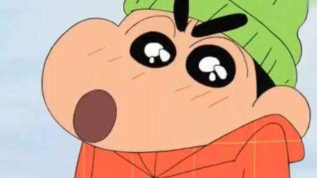 蜡笔小新:吃的真香!小新一家人吃火锅哦,果然冬天吃火锅最棒了