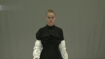T台秀场:FIKILE SOKHULU时装新品发布会,模特精彩走秀