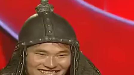 大衣哥成名后登台表演,韩红竟模仿他的口音对话刘德华笑喷