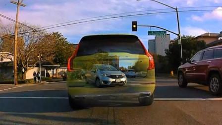 """老外发明黑科技""""透视仪"""",装在车上,可以轻松看穿前车!"""