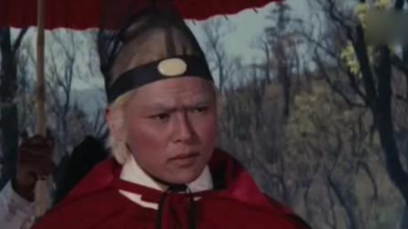 东厂大太监第一来到边关,没想到迎接他的竟是满屋的飞箭!