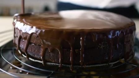 自制巧克力慕斯蛋糕,不必甜品店里差,来试试吧!