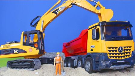 最新挖掘机视频表演924大卡车运输挖土机 挖机工作 工程车